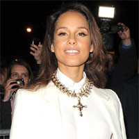 Alicia Keys. Paris Fashion Week Autumn/Winter 2012