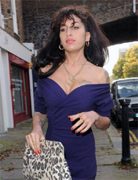 Amy Winehouse - Pap Shot