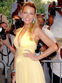 'Blake Lively - Savages Arrivals