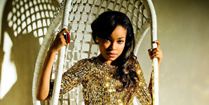 Dionne Bromfield, Foolin Video
