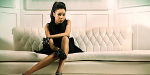Dionne Bromfield, Yeah Right feat. Diggy Simmons Video