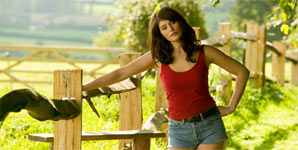Gemma Arterton - 2010 - Video