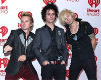 Green Day 'pap' shot.
