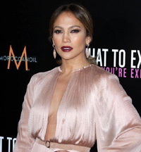 Jennifer Lopez Set To Leave American Idol?