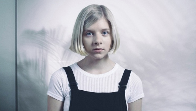 Aurora Provides Emotional Oasis Tribute To John Lewis Christmas Advert [Video]
