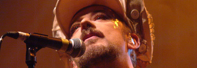Boy George Performing