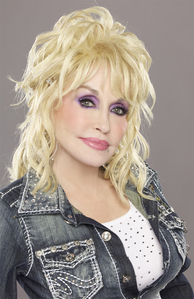 Dolly Parton 2013 Press Image