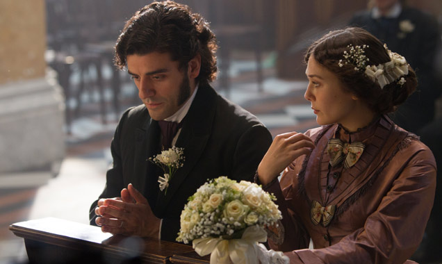 Oscar Isaac Elizabeth Olsen In Secret