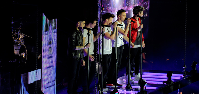 One Direction live