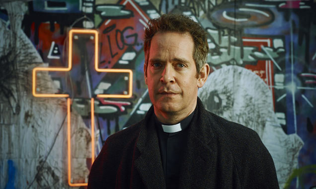Tom Hollander Rev