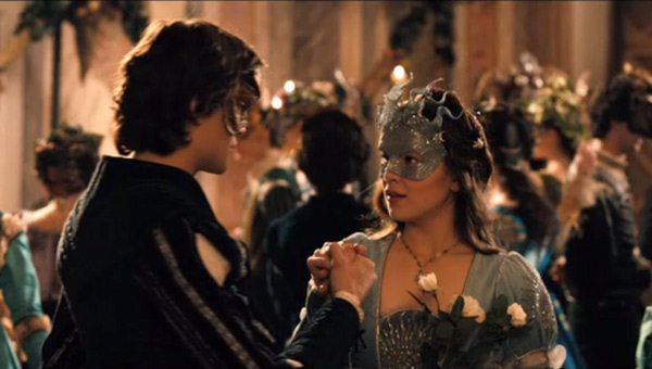 Douglas Booth as Romeo and Hailee Steinfeld as Juliet in Romeo And Juliet