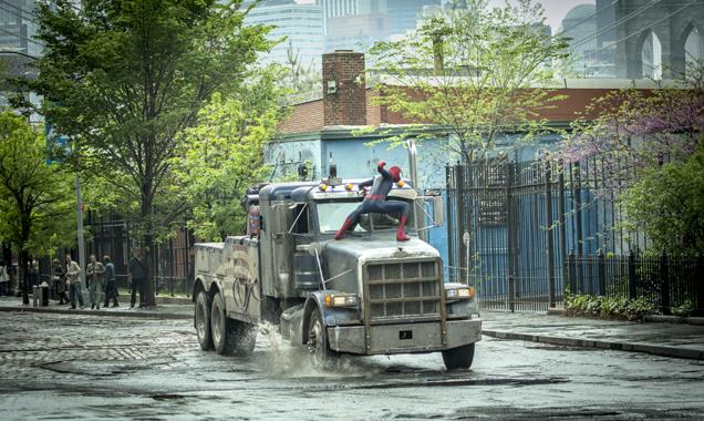 Spiderman v The Rhino