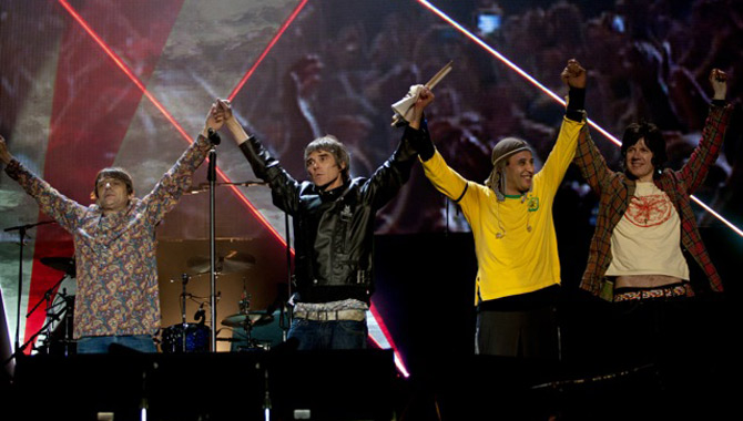 The Odds Soar For The Stone Roses To Appear At Glastonbury 2016