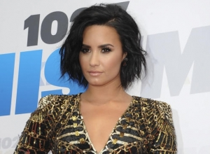 Demi Lovato Gives Powerful Speech On Mental Health At Dnc