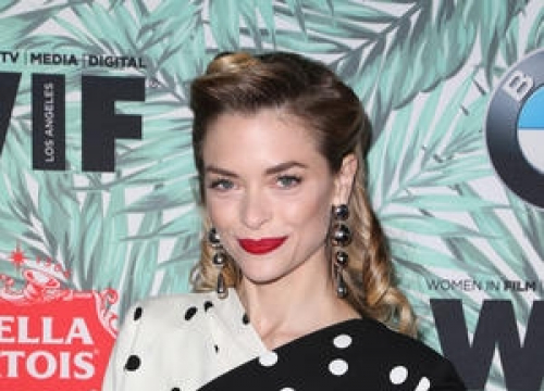 Jaime King To Star In How To Cook Your Daughter Movie Adaptation