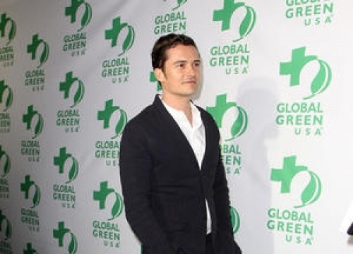 Orlando Bloom Pictured Looking Cosy With Brunette Before Katy Perry Split