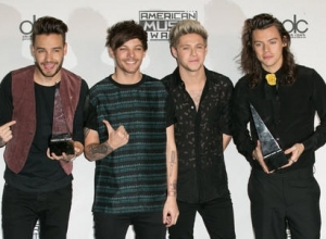 Louis Walsh Says One Direction Won't Get Back Together For Ten Years