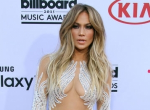 "J. Lo Tells Billboard Music Awards She's ""Super Excited"" About Her Las Vegas Residency"
