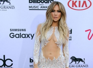 Jennifer Lopez Sued Over Too Sexy Performance During Morocco TV Concert
