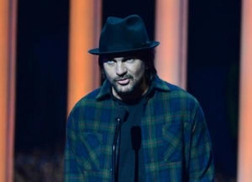 Juanes And Elton John To Headline Week-long Spanish Festival