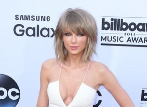 'Bad Blood' Video: Taylor Swift Borrowed $13,000 Worth Of Clothes From Sex Shop & Kept $5,000 Worth