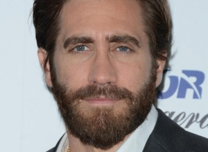 Jake Gyllenhaal Brands Donald Trump 'Dangerous' And 'Dishonest'