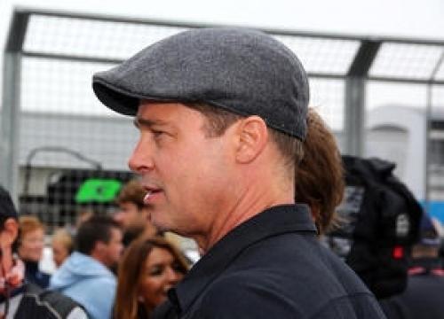 Brad Pitt Struggled To Quit Cigarettes