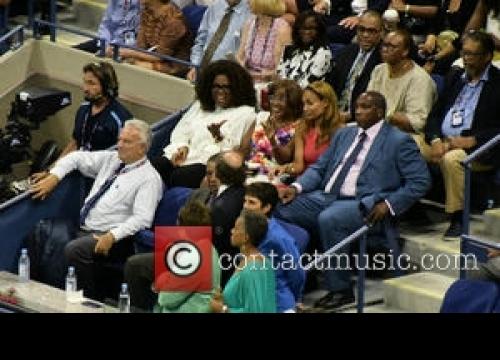 Oprah Winfrey Cries At Power Of Women Event