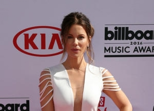 Kate Beckinsale Laughs Off David Walliams Romance Rumours