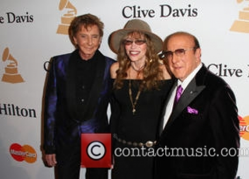 Barry Manilow & Carly Simon Join Stars For Clive Davis Film Festival Tribute