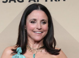 Julia Louis-dreyfus To Receive 2018 Mark Twain Prize For American Humour