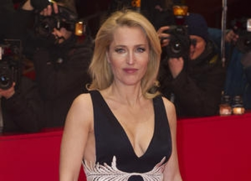 Gillian Anderson: 'Women Don't Have To Just Serve Their Children'