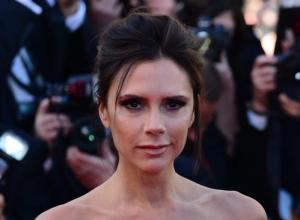 Victoria Beckham Leads Tributes To Fashion Designer Richard Nicoll