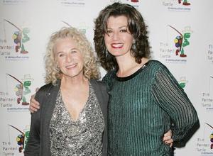 Jessie Mueller Wins Over Critics In Carole King Musical