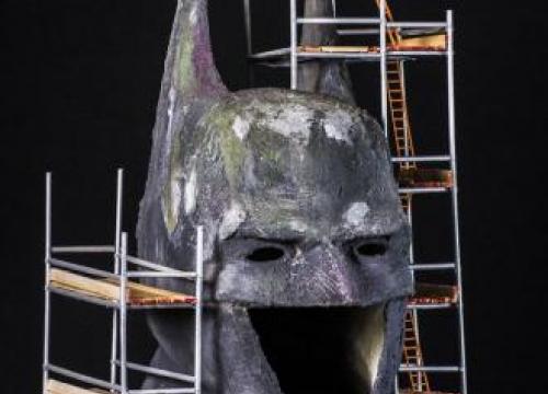 Jonathan Ross designs his own Batman costume