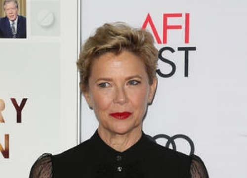 Annette Bening Receives Career Achievement Award