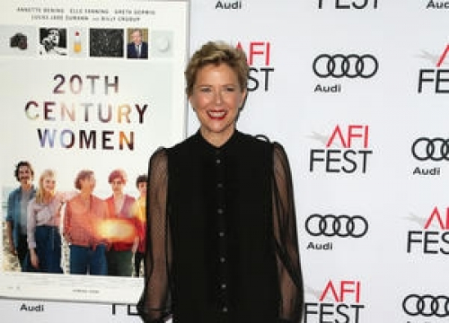 Annette Bening Thrilled To Smoke Cigarettes Again In 20th Century Women