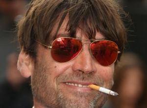"Blur's Alex James Hopes Oasis Get Back Together: ""They Can Support Us"""