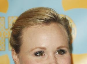 Alison Pill's The Newsroom Co-star Helped With Engagement