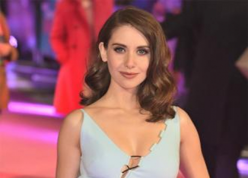 Alison Brie Relies On Husband To Help Her Pick Movie Roles