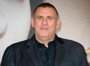 Graham King Explains Reasoning Behind No Angelina Jolie Cameo In 'Tomb Raider' Reboot