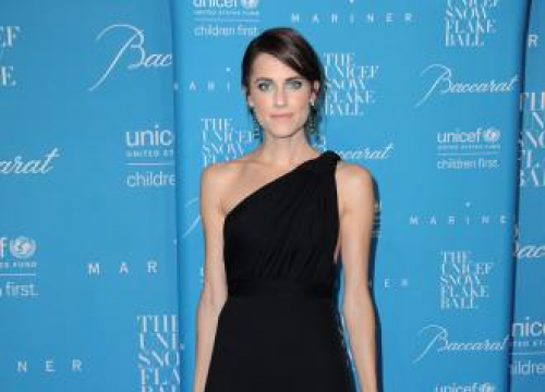 Allison Williams' Get Out Role Helped In The Perfection