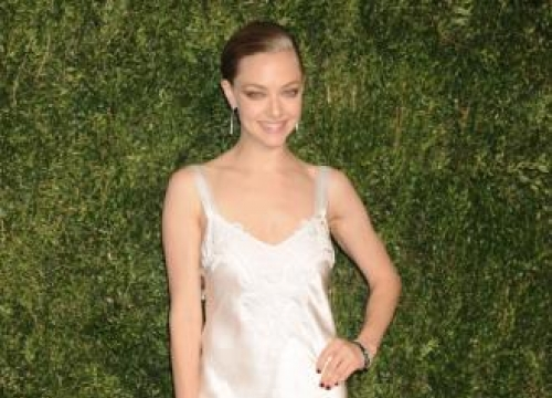 Amanda Seyfried Is 'hooked' On Odylique Moisturiser