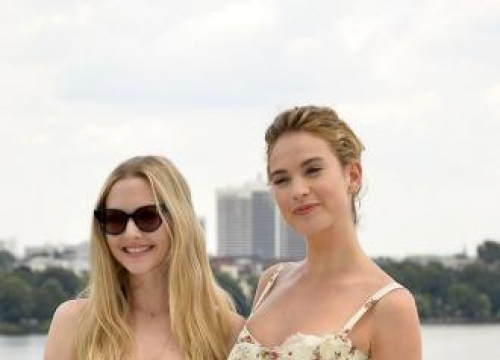 Amanda Seyfried And Lily James Up For Third Mamma Mia!