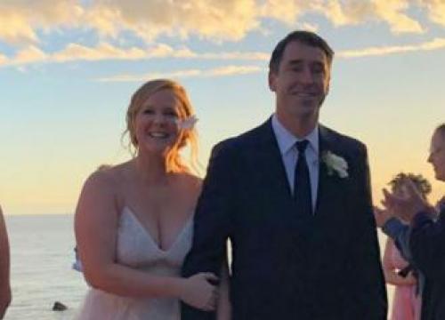 Amy Schumer's Last Minute Wedding Gown