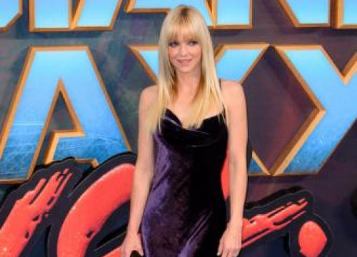 Anna Faris Thanks Fans For Support