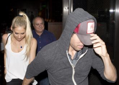 Enrique Iglesias: I Have Sex For Breakfast