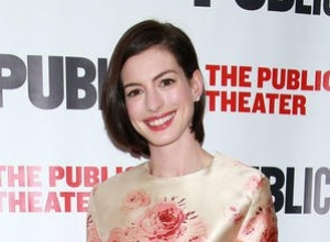 Anne Hathaway Discusses Friendship With Emily Blunt Jessica Chastain, Reveals Girl Crush On Taylor Swift