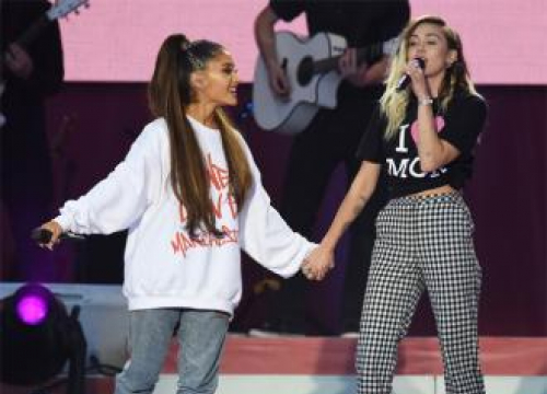 Miley Cyrus Wants To Be Ariana Grande's Bff
