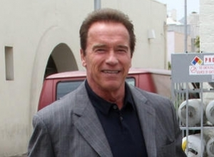 Let Arnold Schwarzenegger Guide You Through The World As the New Voice of Waze
